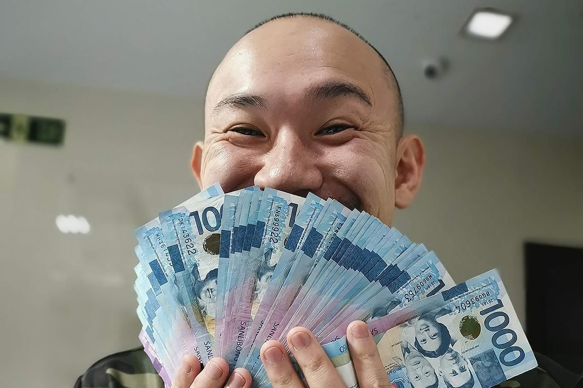 フィリピンで働く日本人の給与